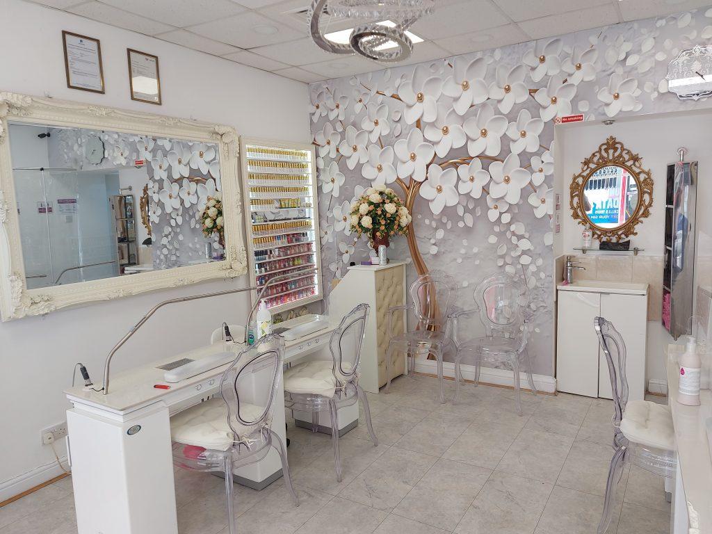 american nails beauty bath interior 5